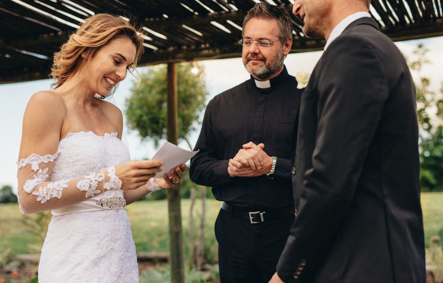 Wedding Ceremony Officiant in Las Vegas, NV